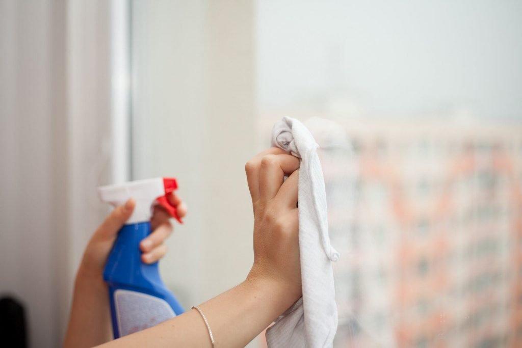 ¿Cómo limpiar las ventanas?